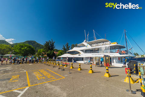 ferry services connect the main islands of the seychelles