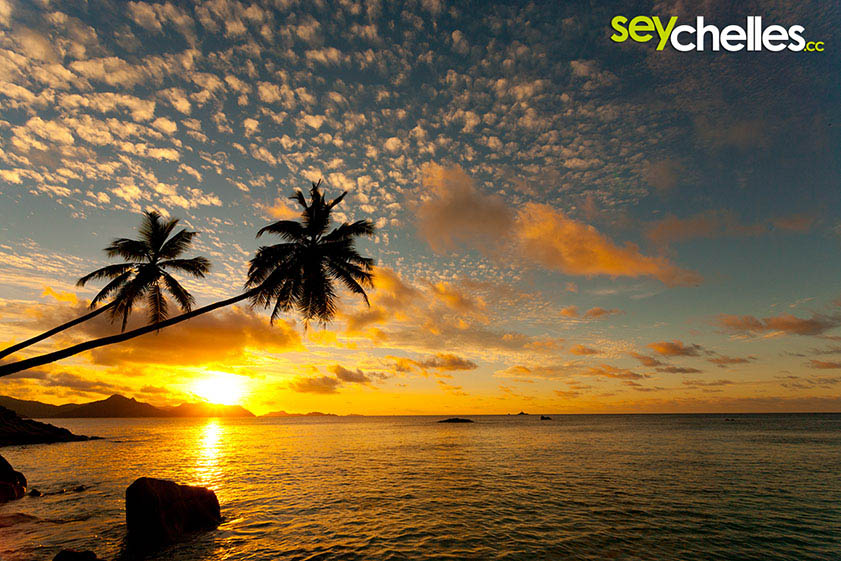 sunset on anse severe facing praslin