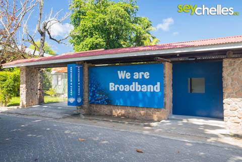 cable and wireless internet shop auf la digue - hier bekommt ihr wertkarten