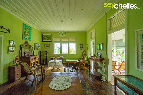 Interieur in einem Kolonialstil Haus - jardin du roi mahe, seychelles