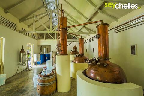 Innenaufnahme Takamaka Rum Destillerie