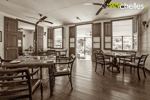 Restaurant La Plaine St. Andre innenaufnahme