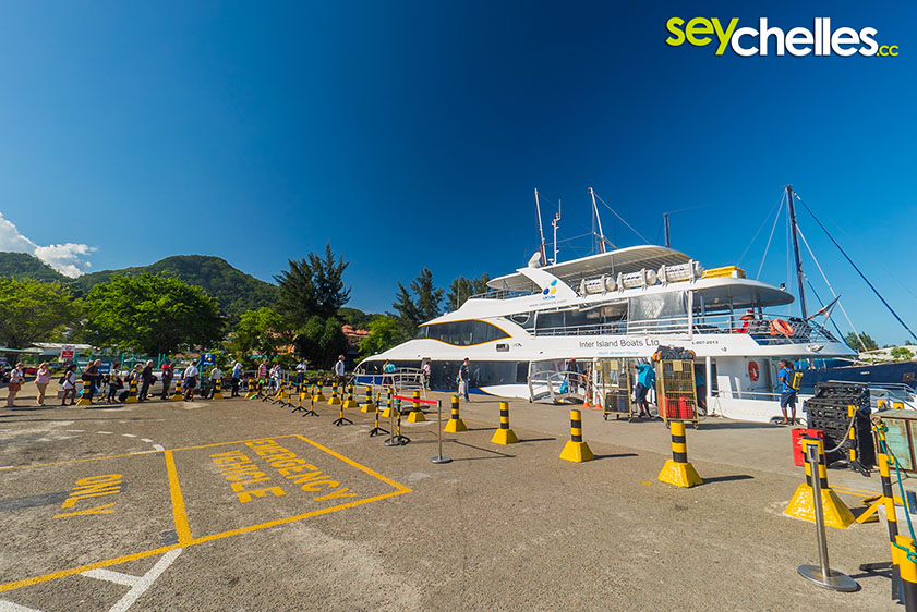 Travelling within the Seychelles