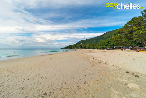 beau vallon beach image facing north