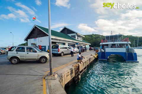 ferries bring you from mahe or la digue to praslin